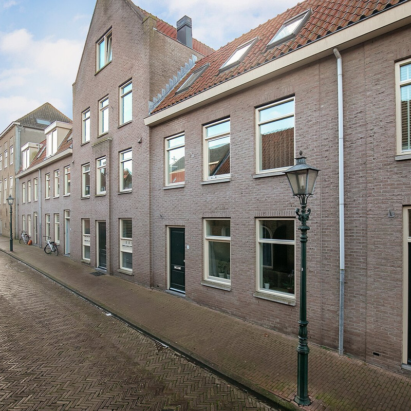 Queenboroughstraat 25, Brielle